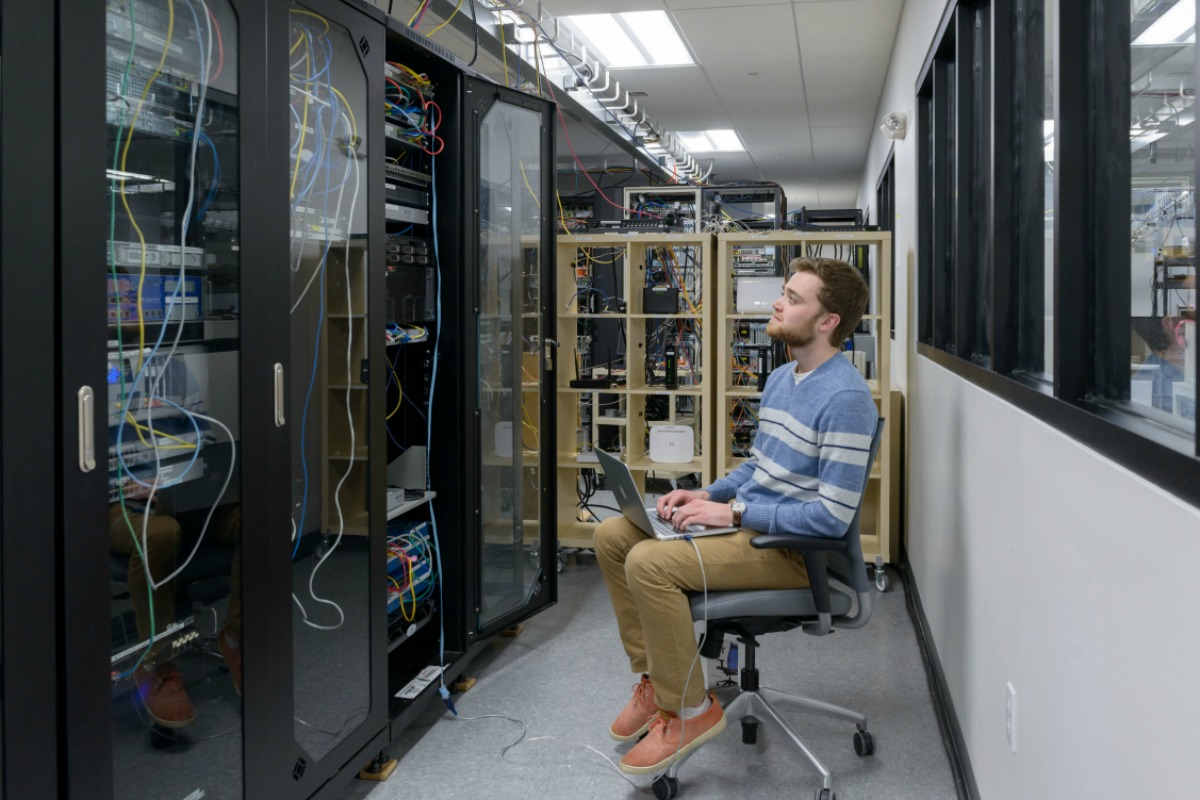 The New Hampshire University IOL IPv6 test bed in action