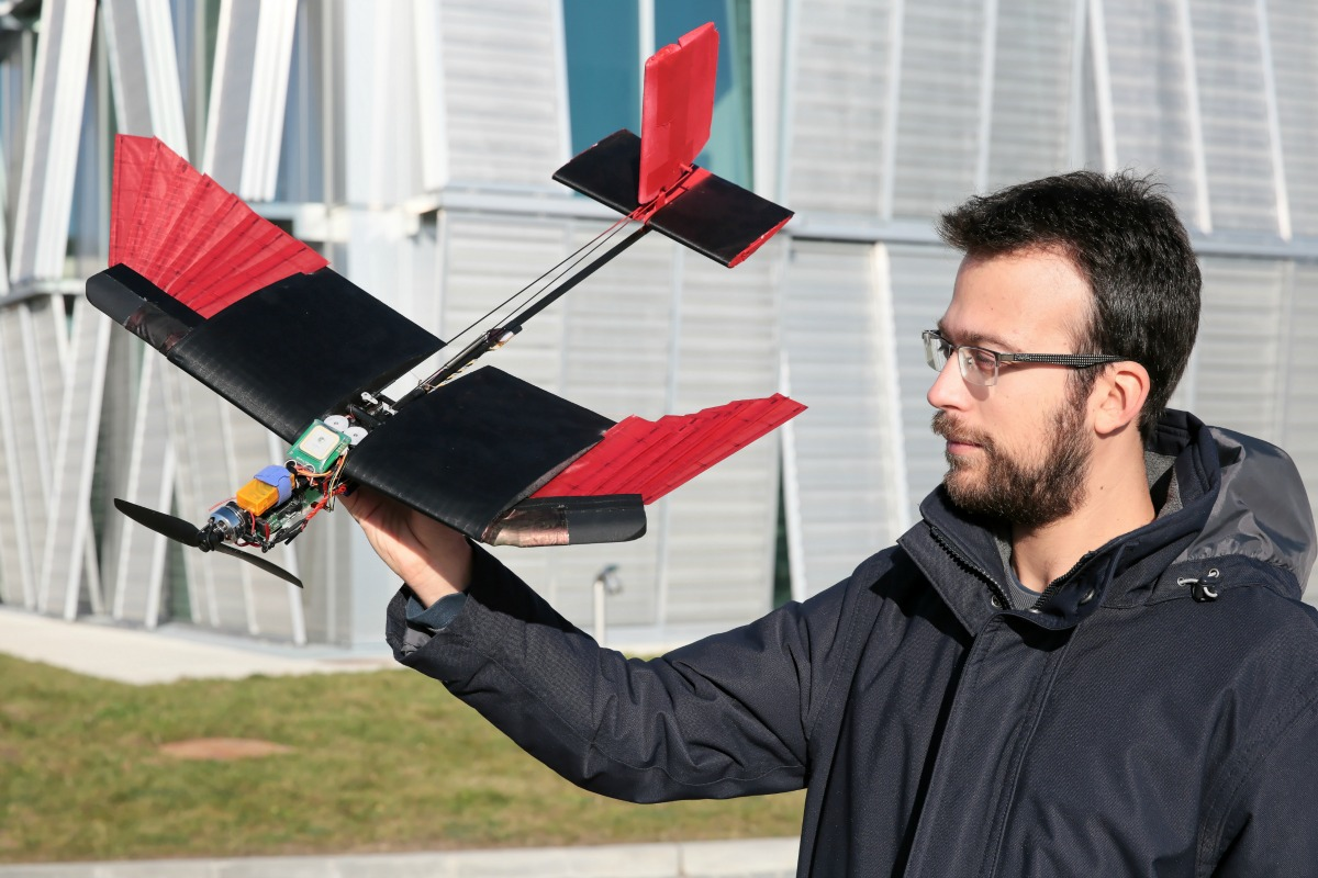 The drone is more manoeuvrable and more resistant in high winds