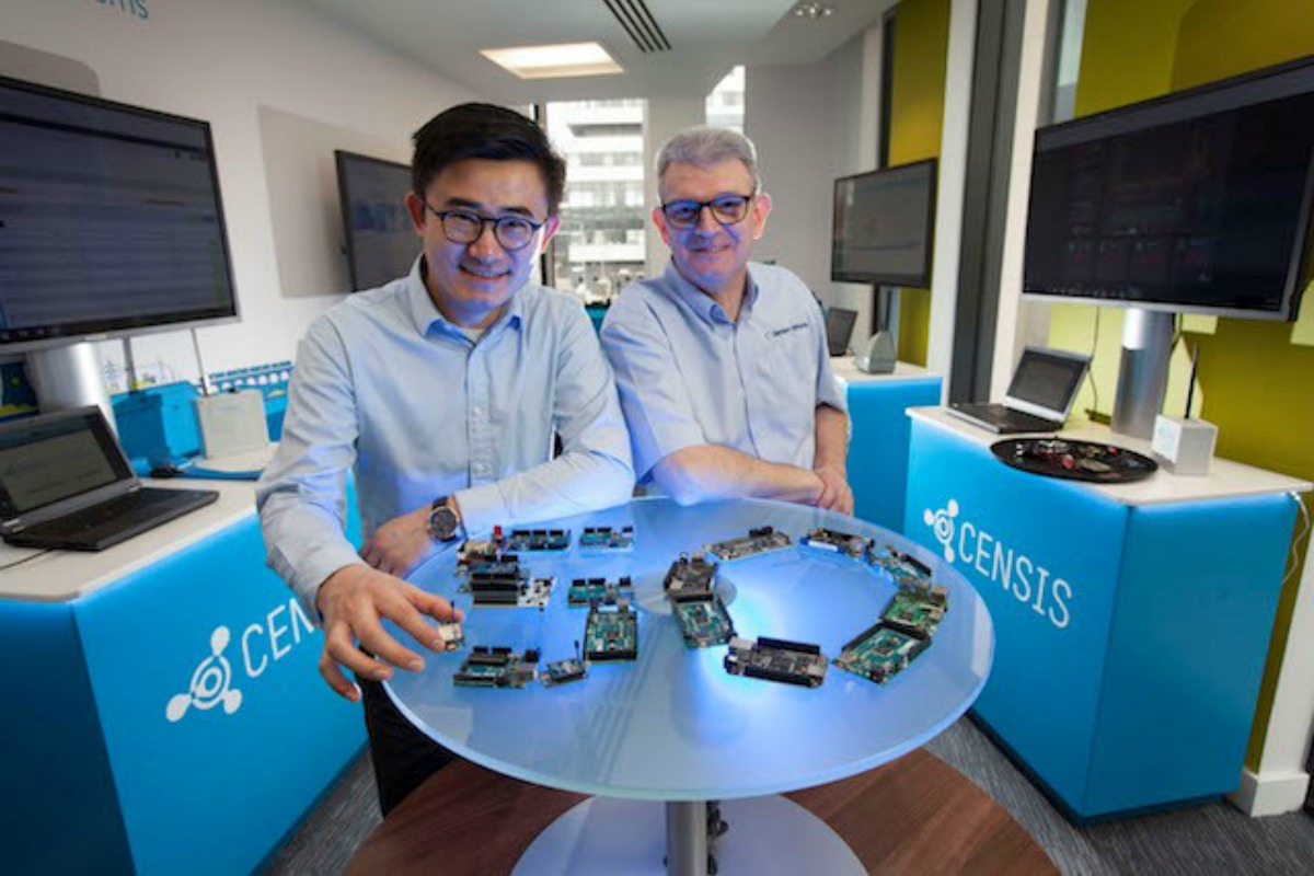 Leo Meng and Ian Bain celebrate the launch of BlueVib, Censis' 50th project