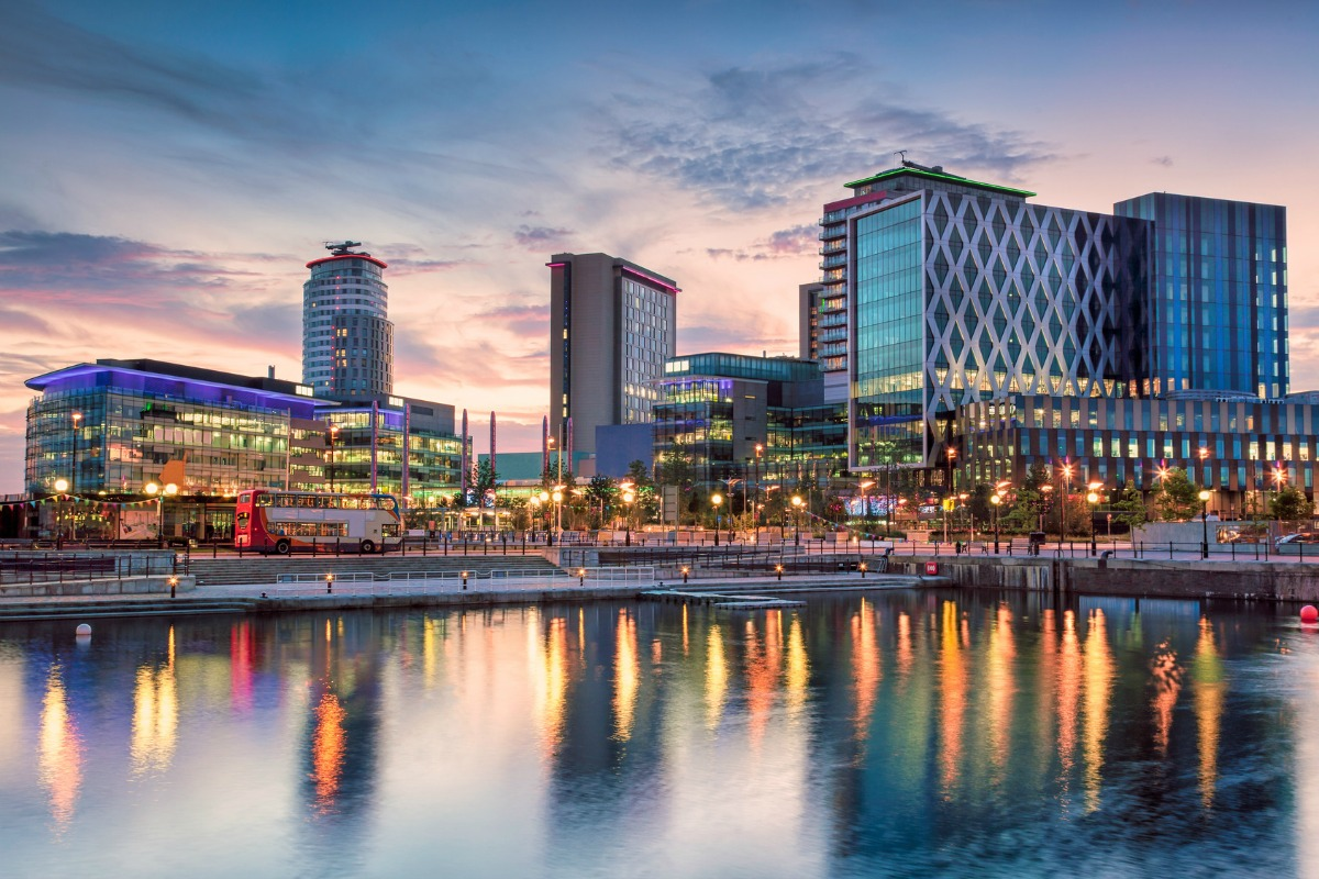 The implementation expands on euNetworks' fibre network in MediaCityUK