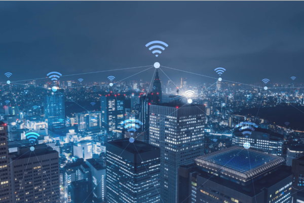 Metal surface antenna designed for smart cities