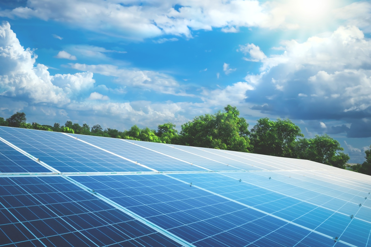 Global installed solar generating capacity has tripled in the past four years