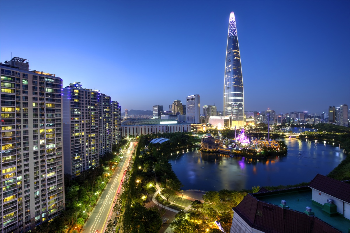 Seoul has a large-scale deployment of EV charging infrastructure and smart street lighting