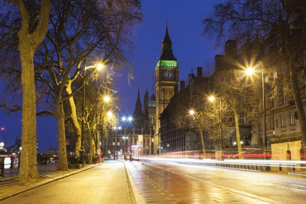 Smart lampposts could save €2.1bn