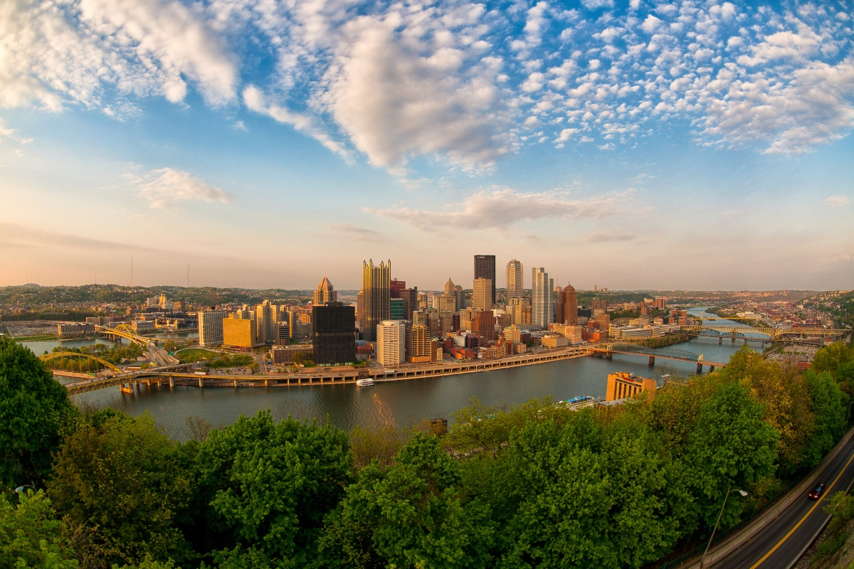 Aerial view of downtown Pittsburgh from Mount Washington