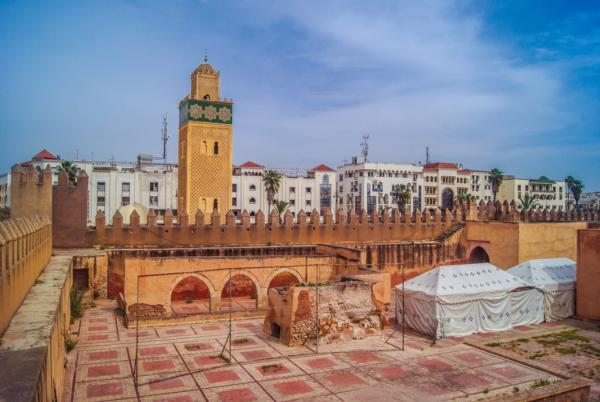 Off-grid system powers lighting in historic Moroccan city