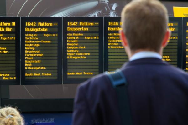 UK seeks to revolutionise rail travel
