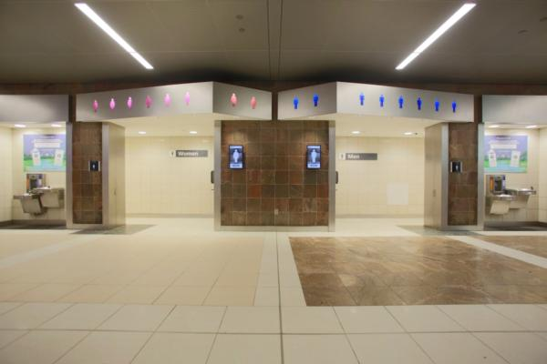 Smart restrooms gather momentum at airports