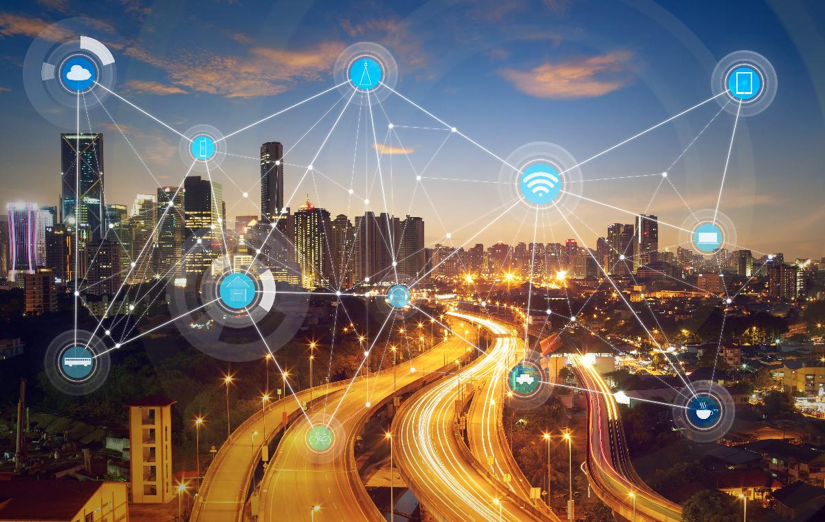 Future transport: From MaaS to the Internet of Mobility - Smart