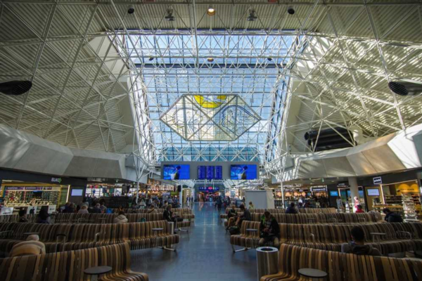 Iceland airport extends its view of passenger flow