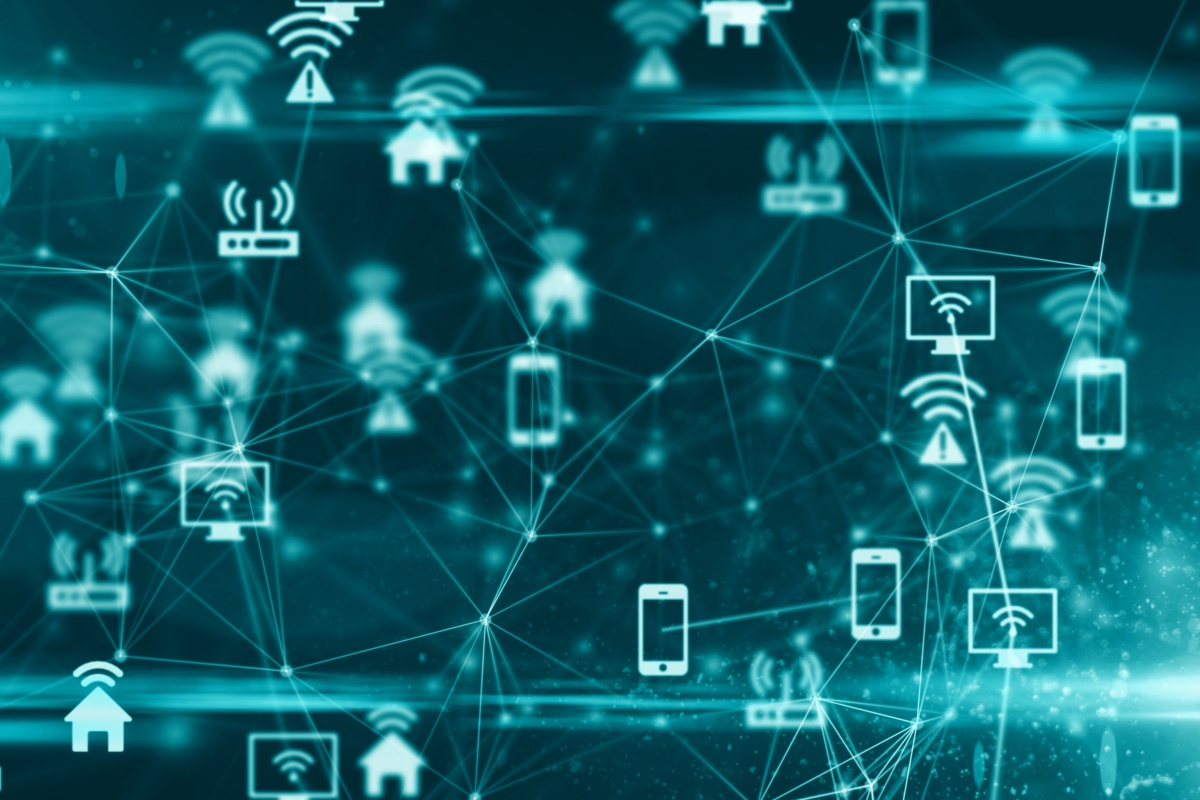 How can the IoT solve the connectivity challenges of each vertical sector?