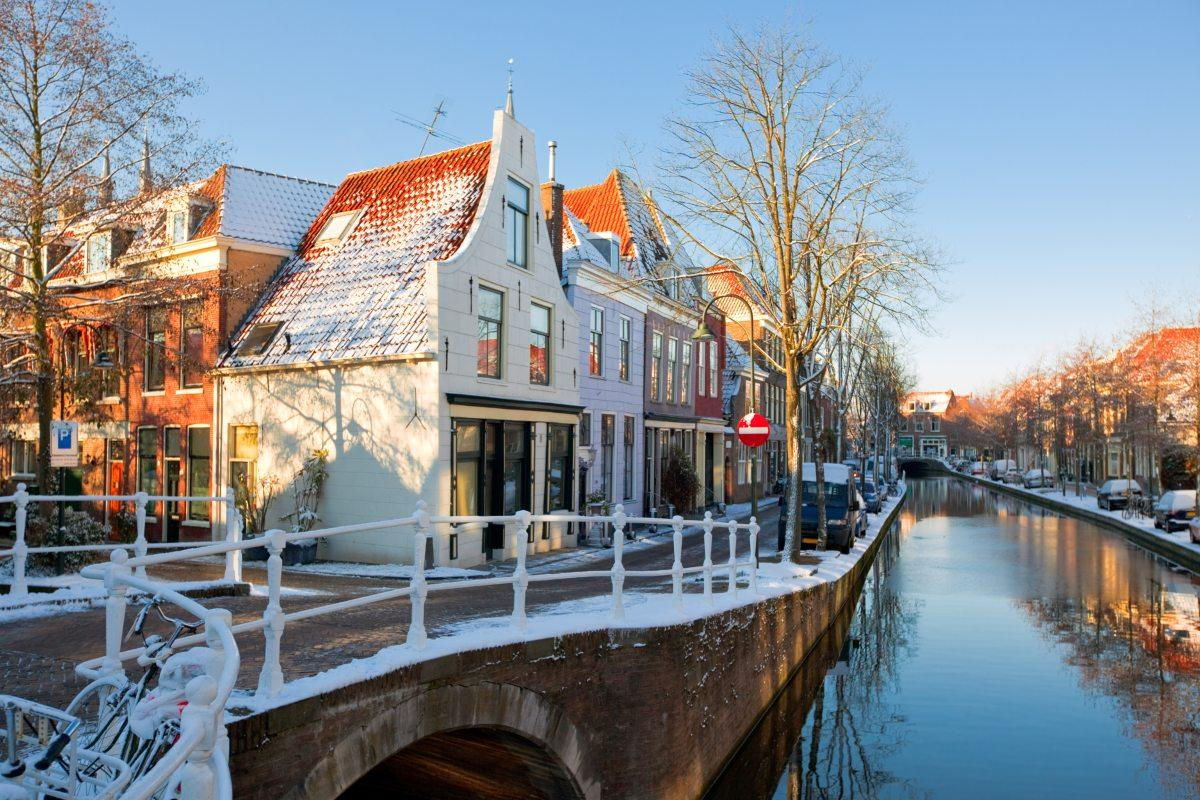 Many areas in Holland have fine-meshed waterways and canals that are heavily underused