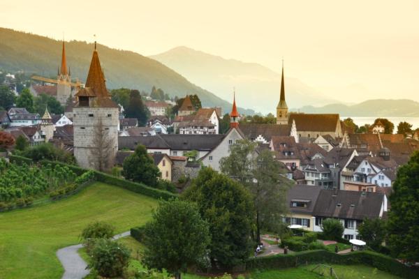 Smart city hub for Switzerland