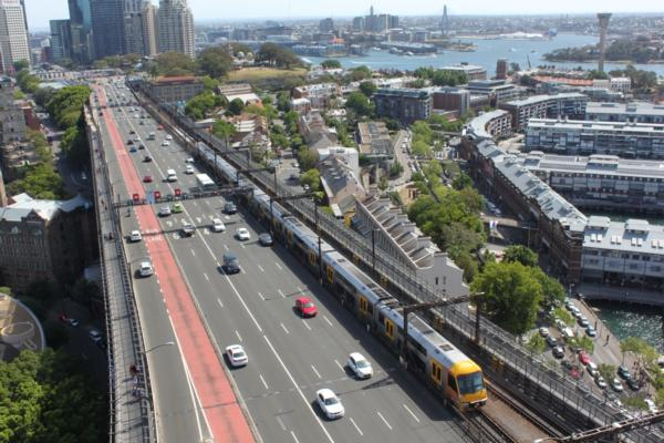 Sydney expands contactless to train network