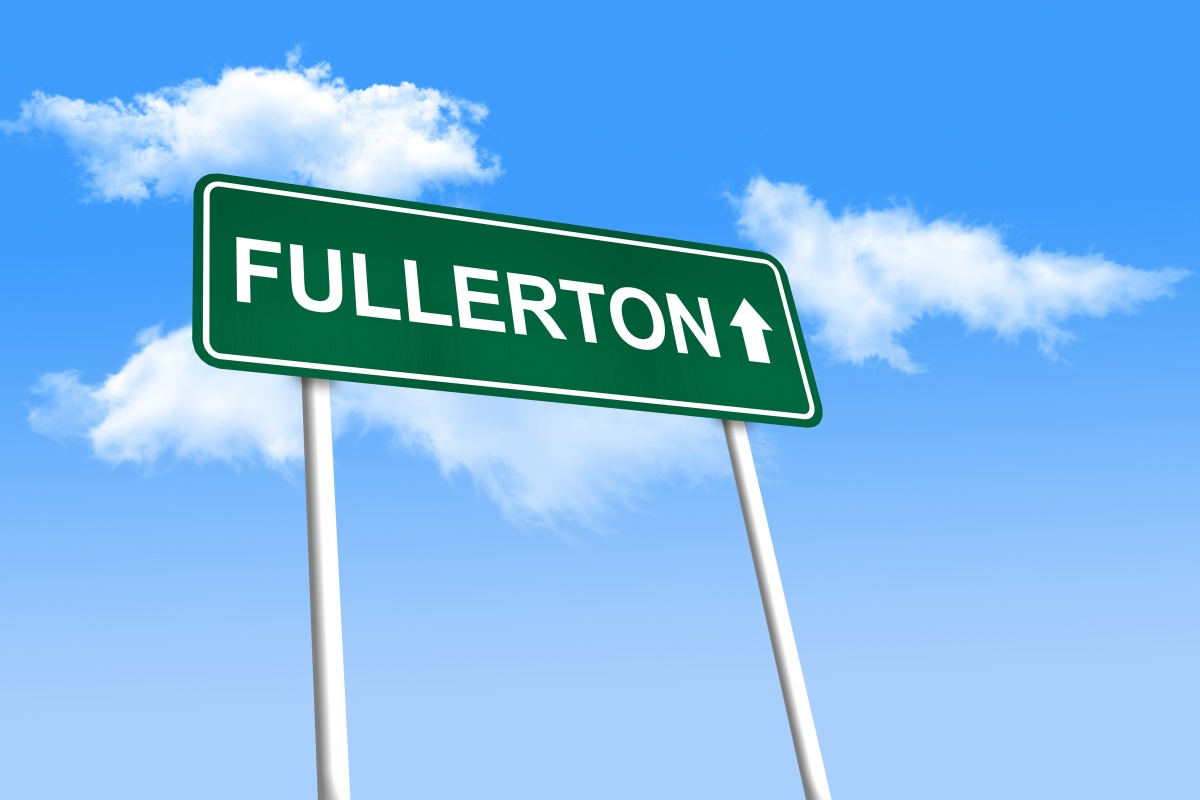Fullerton, California, becomes the first of several FiberCities in the US