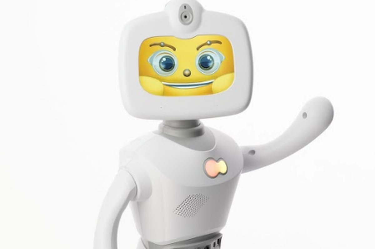 The robots can engage in conversation and recognise body language