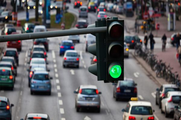 Smart city challenge aims to reduce time spent at red traffic lights