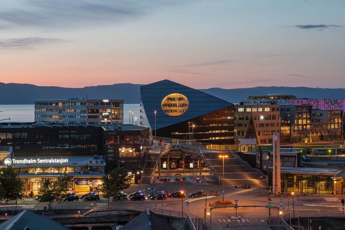 The energy-positive Powerhouse Brattørkaia, located by Trondheim Harbour. Copyright: Ivar Kvaal