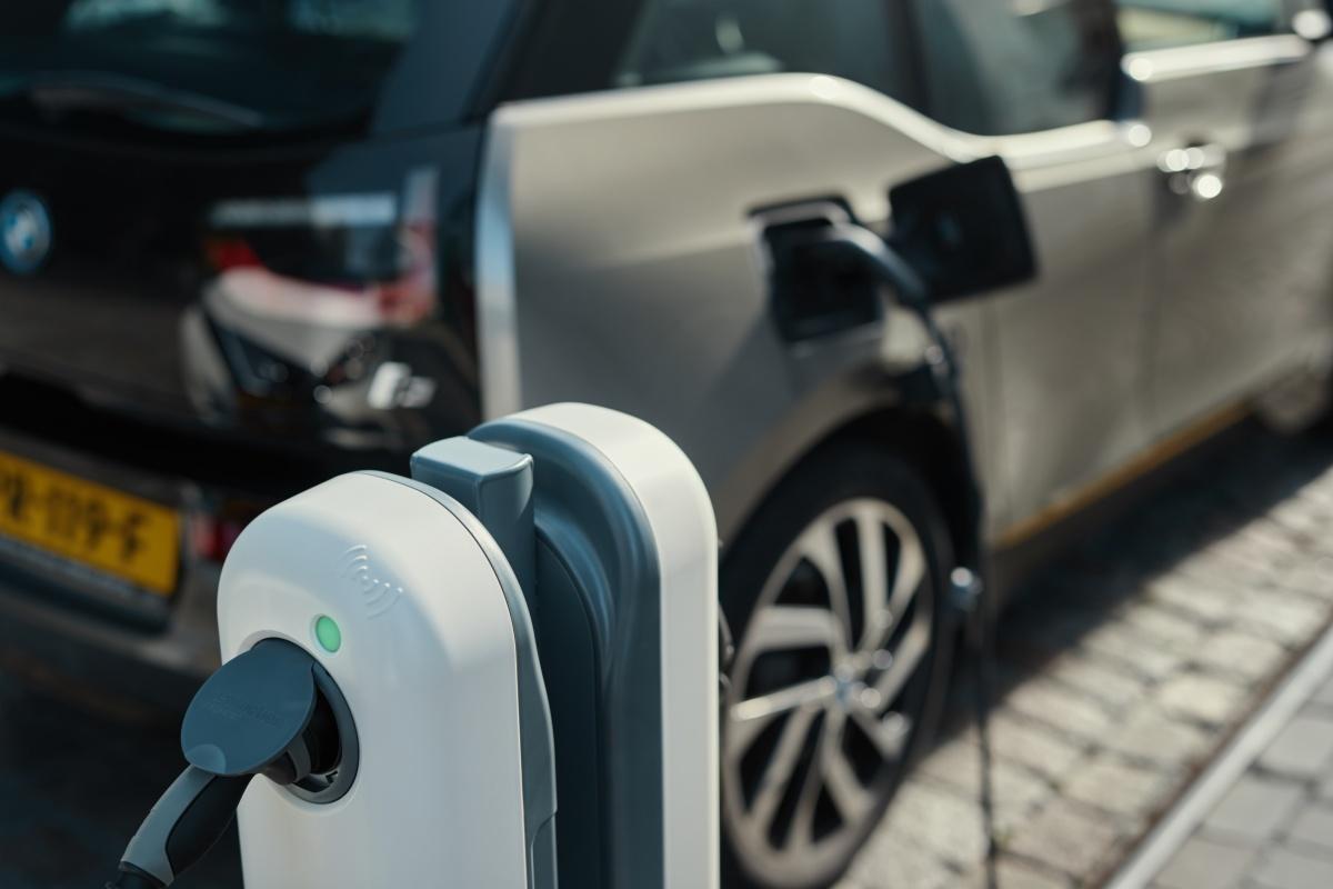 roaming EV charging_PR.jpg